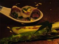 活けタコと葉葱の酒盗和えに夕取れアスパラガス